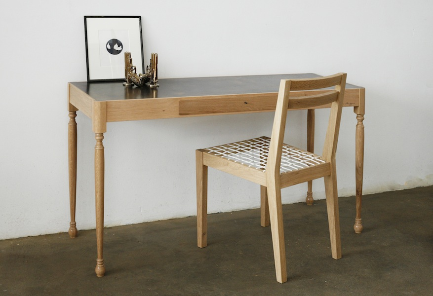 http://www.jamesmudge.com/files/gimgs/1_brass-topped-dressing-table-drawer-closed-with-chair_v2.jpg