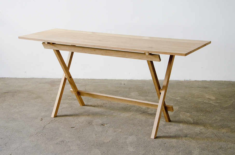 http://www.jamesmudge.com/files/gimgs/1_desk-trestle2.jpg